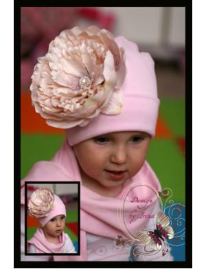 Комплект для девочек розовый с пудровым пионом (шапка и шарф)
